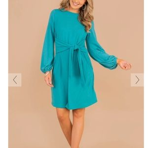Dresses & Skirts - NEW Mint Julep Tie Front Dress